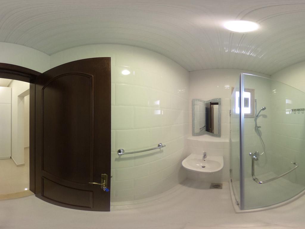 shuweikh villa kuwait bathroom
