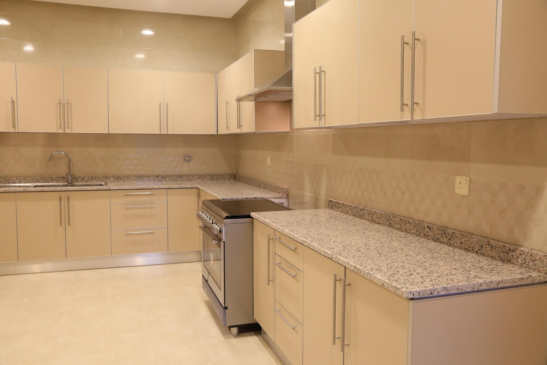 al siddiq villa kuwait Kitchen Counter