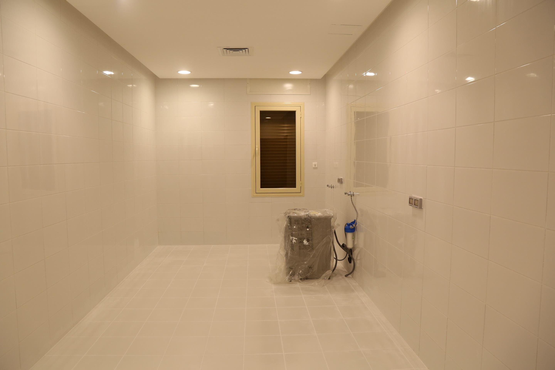 al siddiq villa kuwait laundry Room