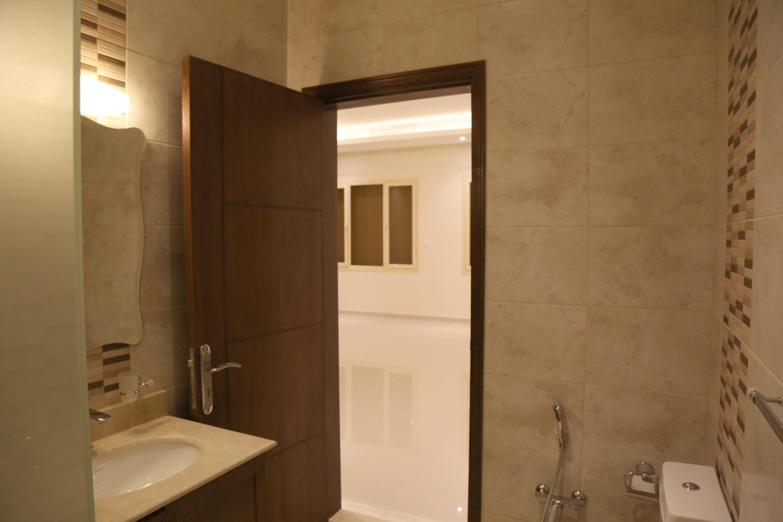 al siddiq villa kuwait bathroom