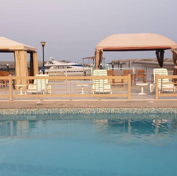 Luxurious Villas in Mahboula